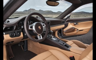 Random: 2013 Porsche 911 Turbo Interior