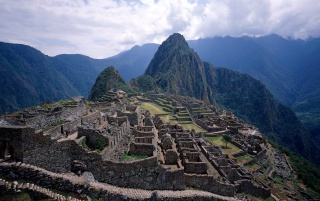 Machu Picchu ruins wallpapers and stock photos