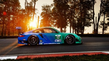 Porsche 911 GT3 on Track wallpapers and stock photos
