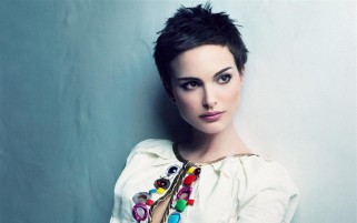 Natalie Portman Short Hair wallpapers and stock photos