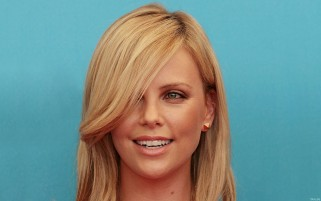 Random: Charlize Theron Close-up Smile