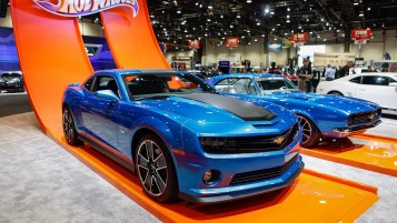 Blue Chevrolet Camaro wallpapers and stock photos