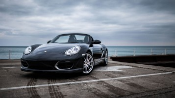 Porsche Spyder Front Angle wallpapers and stock photos