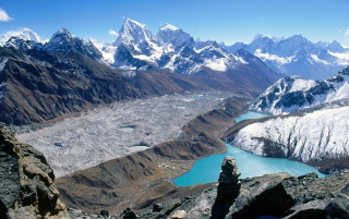 Gokyo Lakes wallpapers and stock photos