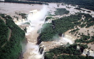 Iguassu Falls wallpapers and stock photos