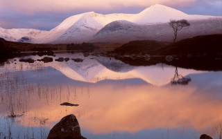 Lochan na h-Achlaise wallpapers and stock photos