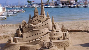 Castle Of Sand wallpapers and stock photos