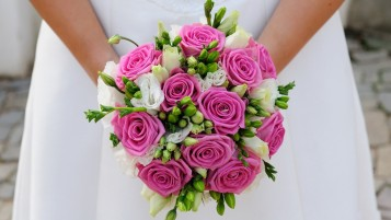 Pink Wedding Bouquet wallpapers and stock photos