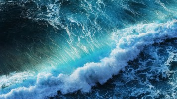 Splashing Ocean Waves wallpapers and stock photos