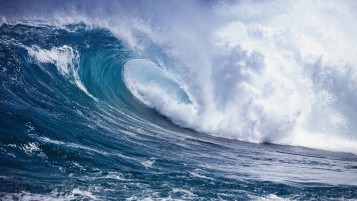 Rising Ocean Wave wallpapers and stock photos