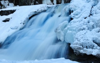 Iced Cascade wallpapers and stock photos