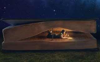 Book Worm wallpapers and stock photos
