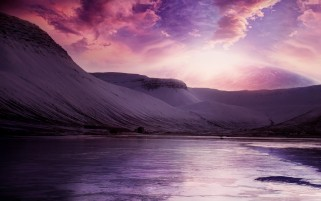 Purple Dreams Montaña y lago wallpapers and stock photos