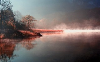 Lake Mist wallpapers and stock photos