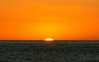 Random: Orange Sunset & Deep Ocean