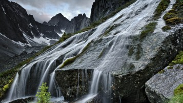 Mountains & Waterfalls wallpapers and stock photos