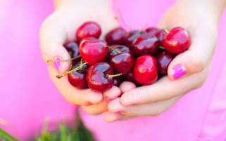 Handful of Cherries wallpapers and stock photos