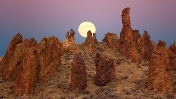 Random: Desert Rocks & Full Moon