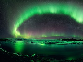 Aurora Borealis Iceland Green wallpapers and stock photos