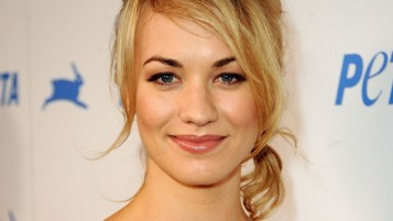 Yvonne Strahovski Sonrisa wallpapers and stock photos