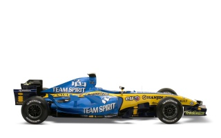 Random: Renault F1 left side