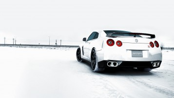 Nissan GTR Winter wallpapers and stock photos