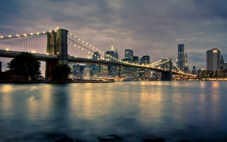 Brooklyn Bridge New York City wallpapers and stock photos