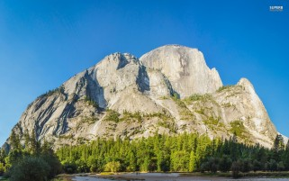 Half Dome Yosemite Park wallpapers and stock photos