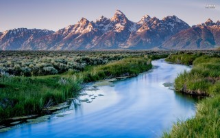 Pretty Grand Teton wallpapers and stock photos