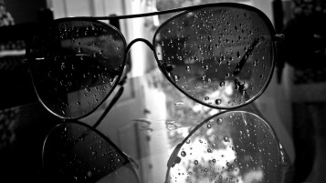 Water Drops on Aviator Glasses wallpapers and stock photos