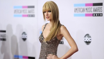 Taylor Swift en la alfombra roja wallpapers and stock photos