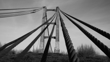 Old Bridge monocrom wallpapers and stock photos