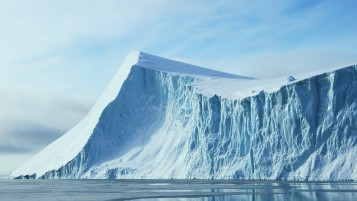 Iceberg Rendering wallpapers and stock photos