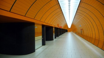 Random: Munich Subway