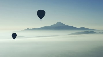 Air Balloons Above the Clouds wallpapers and stock photos