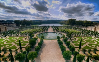Gradinile de la Versailles Trei wallpapers and stock photos