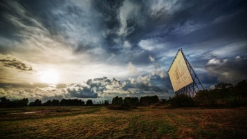 Dramatic HDR Landscape wallpapers and stock photos