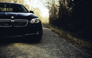 Random: Black BMW 5 Series Section