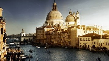Venice Buildings wallpapers and stock photos
