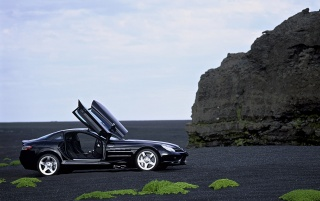 SLR McLaren Black wallpapers and stock photos