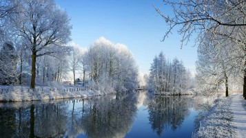 Winter Sunny Day wallpapers and stock photos