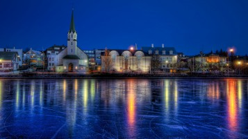 Reykjavik at Night wallpapers and stock photos