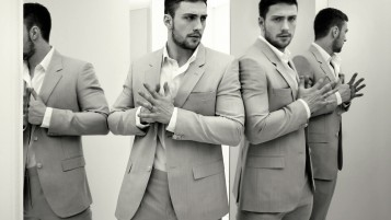 Aaron Taylor Johnson Light Grey Suit wallpapers and stock photos