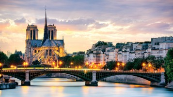Beautiful Sunset in Paris wallpapers and stock photos