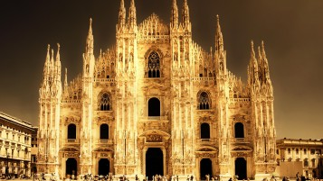Cathedral in Milan wallpapers and stock photos