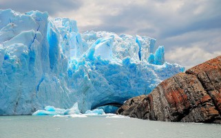 Perito Moreno Glacier Argentin wallpapers and stock photos