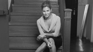 Eva Mendes Black and White wallpapers and stock photos