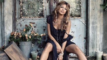 Gorgeous Eva Mendes wallpapers and stock photos