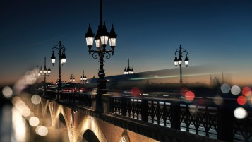 Bridge in Bordeaux wallpapers and stock photos
