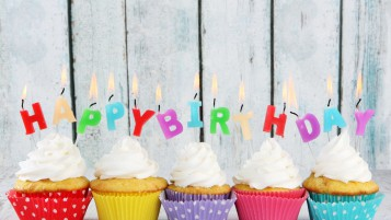 Happy Birthday Cupcakes wallpapers and stock photos